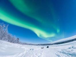 《极地三国玻璃屋帝王蟹 9天标准团-奥斯陆航班往返》